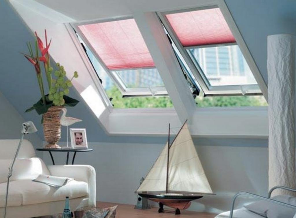 Тканевые ролеты для мансардного окна