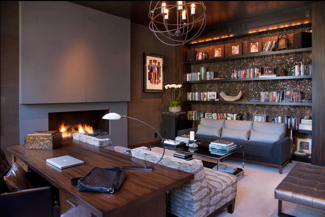 Если площадь позволяет, меблировка дополняется удобным мягким уголком или диваном, кофейным столиком и камином.