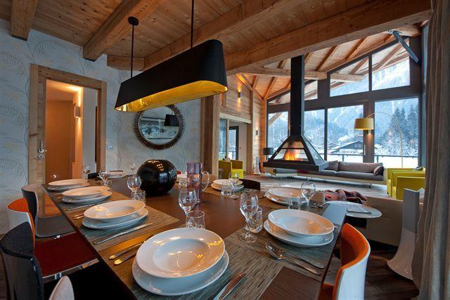 Гостиная, столовая и кухня объединены в общее пространство