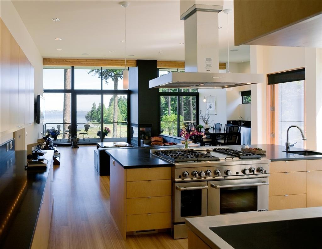 Для кухни с островом требуется помещение не менее 18кв.м