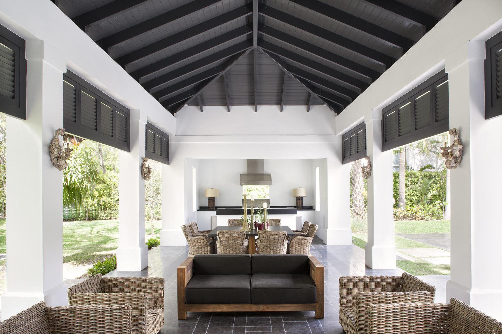 Летняя кухня с зоной отдыха