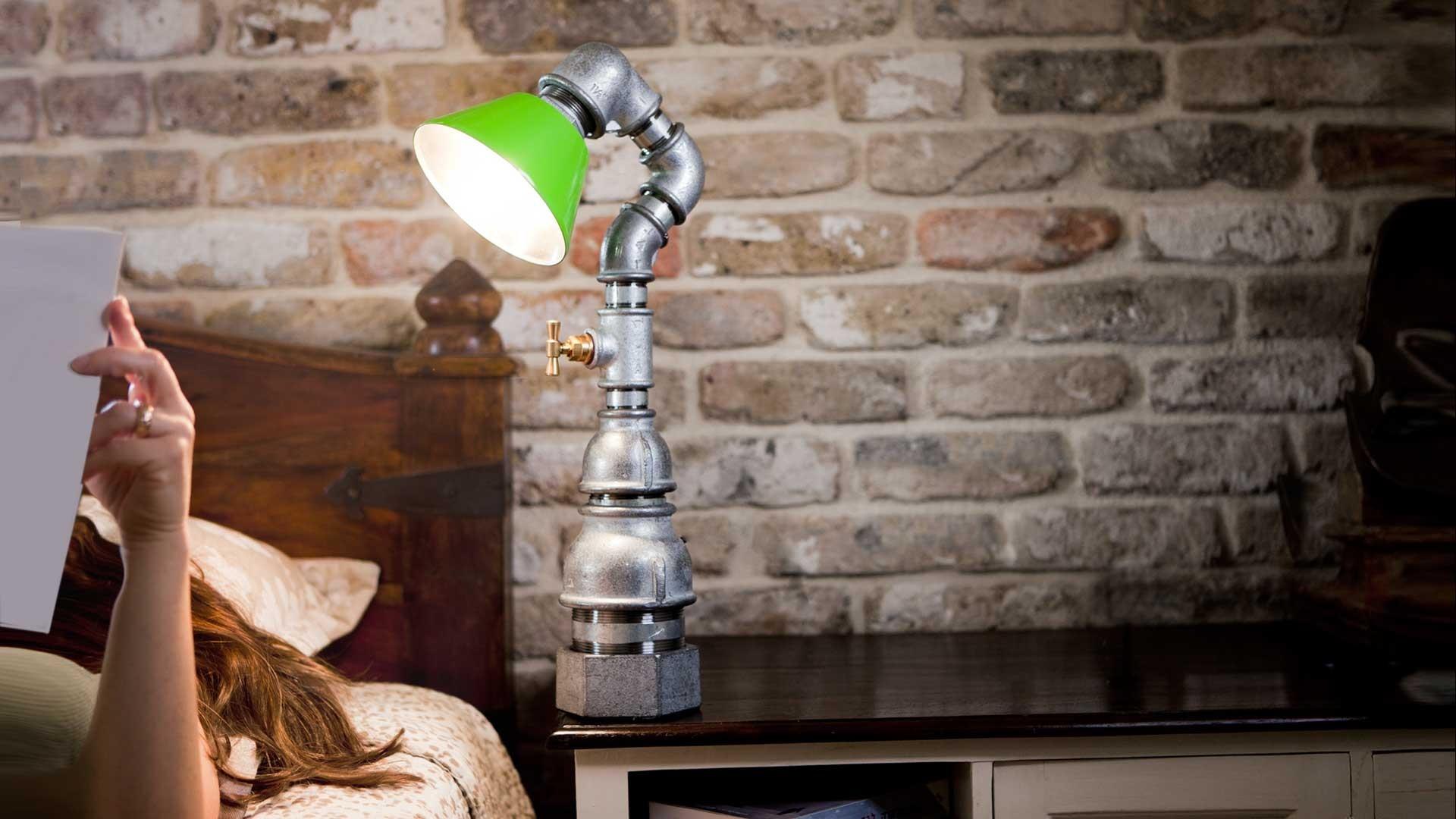 Светильник из сантехнических труб и фитингов