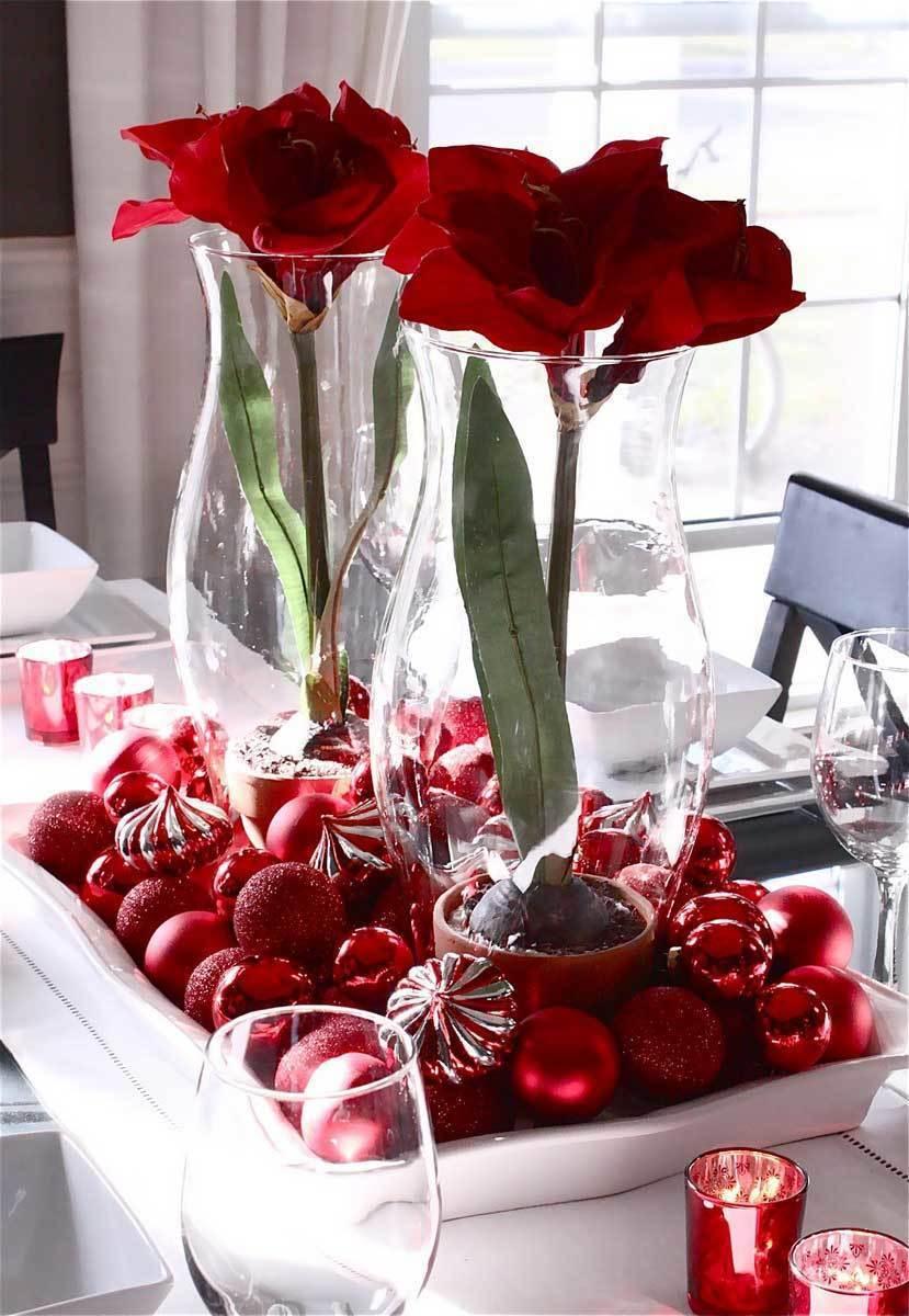 Гиппеаструмы в сервировке праздничного стола