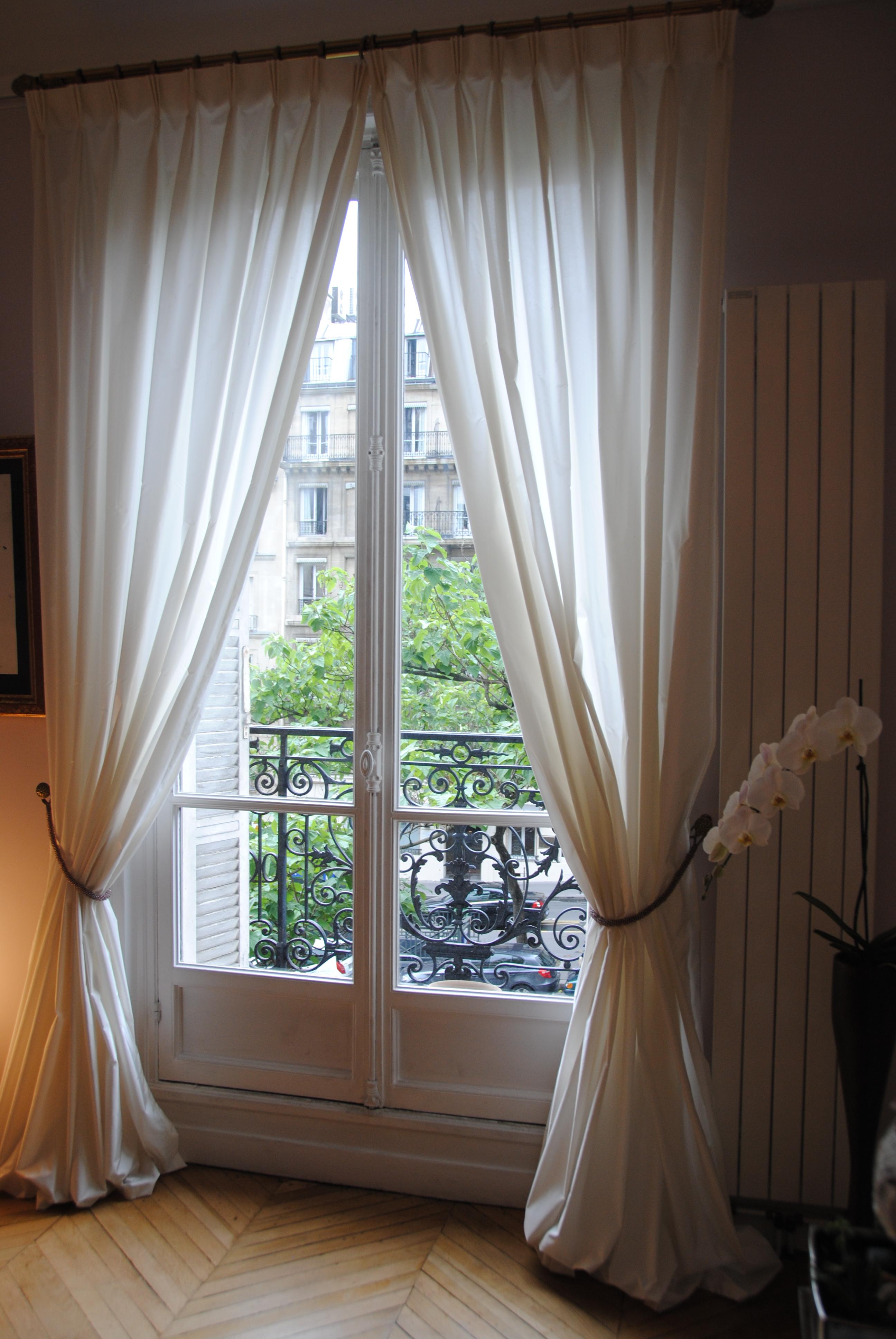 Кованные элементы, французский балкон