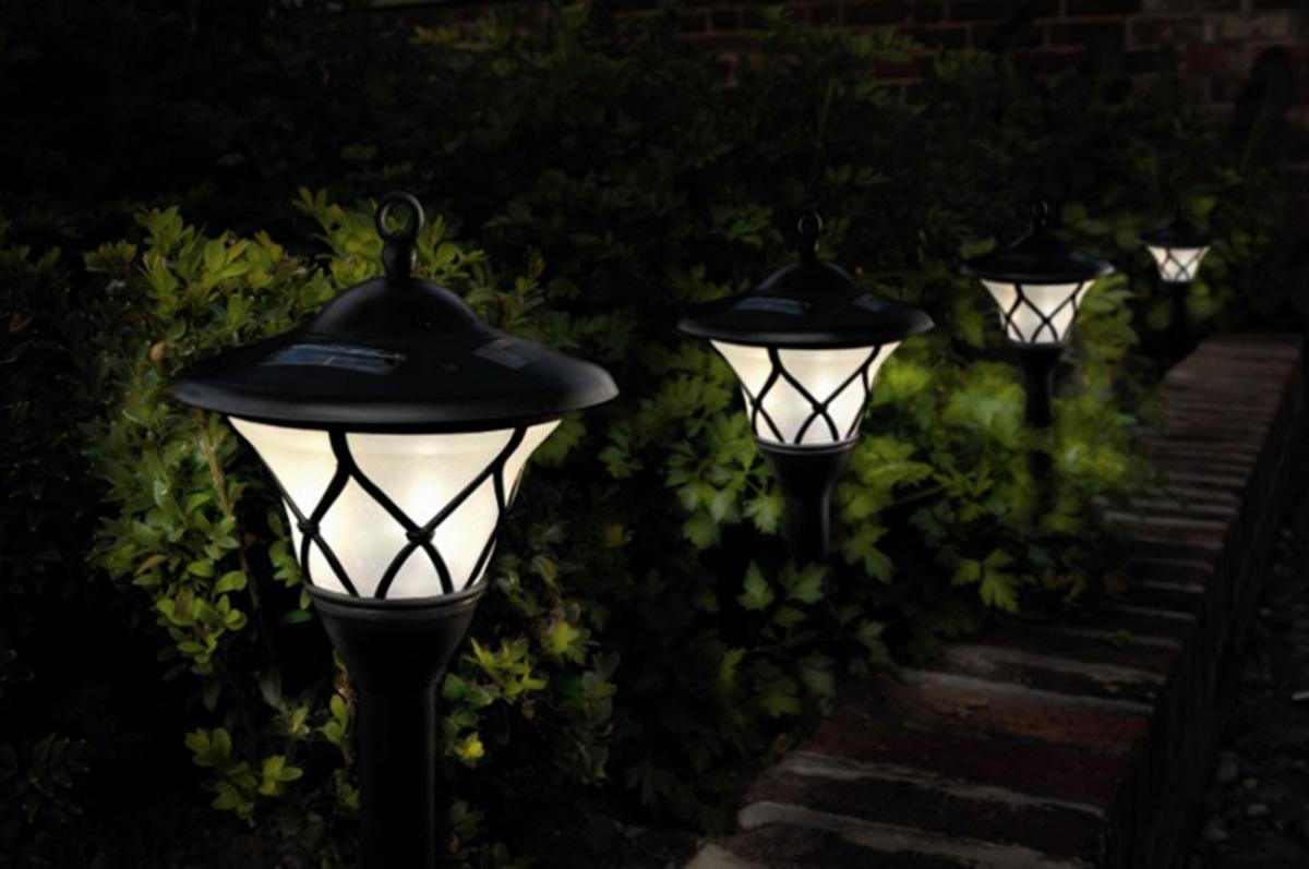 Освещение в саду/Lighting in the garden