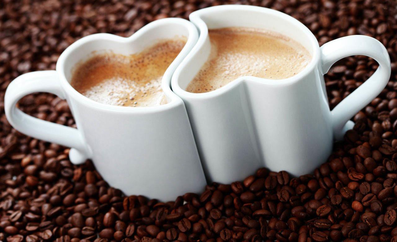 В день святого Валентина заварите утренний кофе для двоих, добавьте немного нежности, ложечку любви и наслаждайтесь праздником!