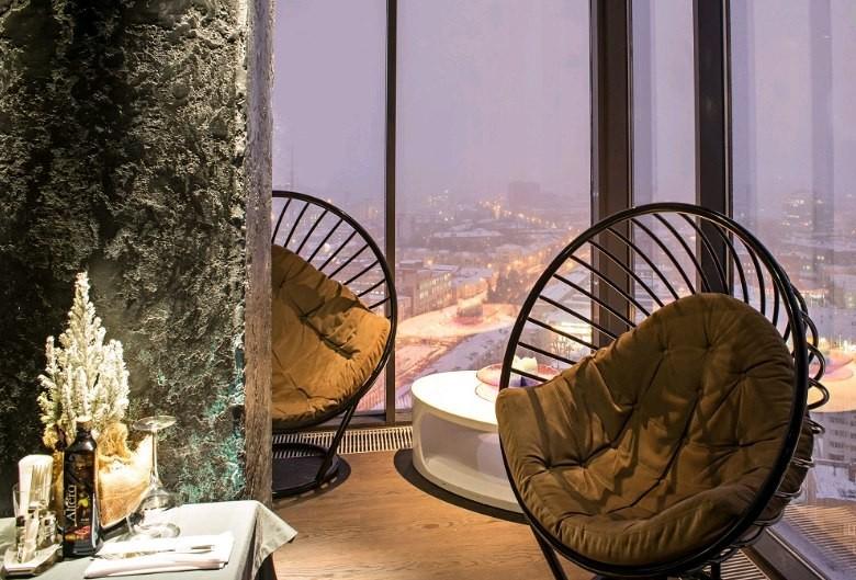 Роскошное кресло-шар для ресторана