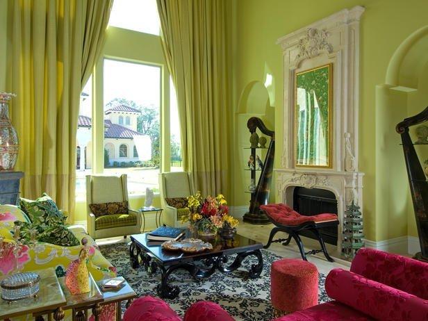 Весенний интерьер-это сочные, ягодные цвета в текстиле и отделке.