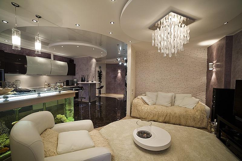 Профессионально объединить функциональность помещения и ваши вкусовые предпочтения способны дизайнеры интерьеров, студии дизайна.