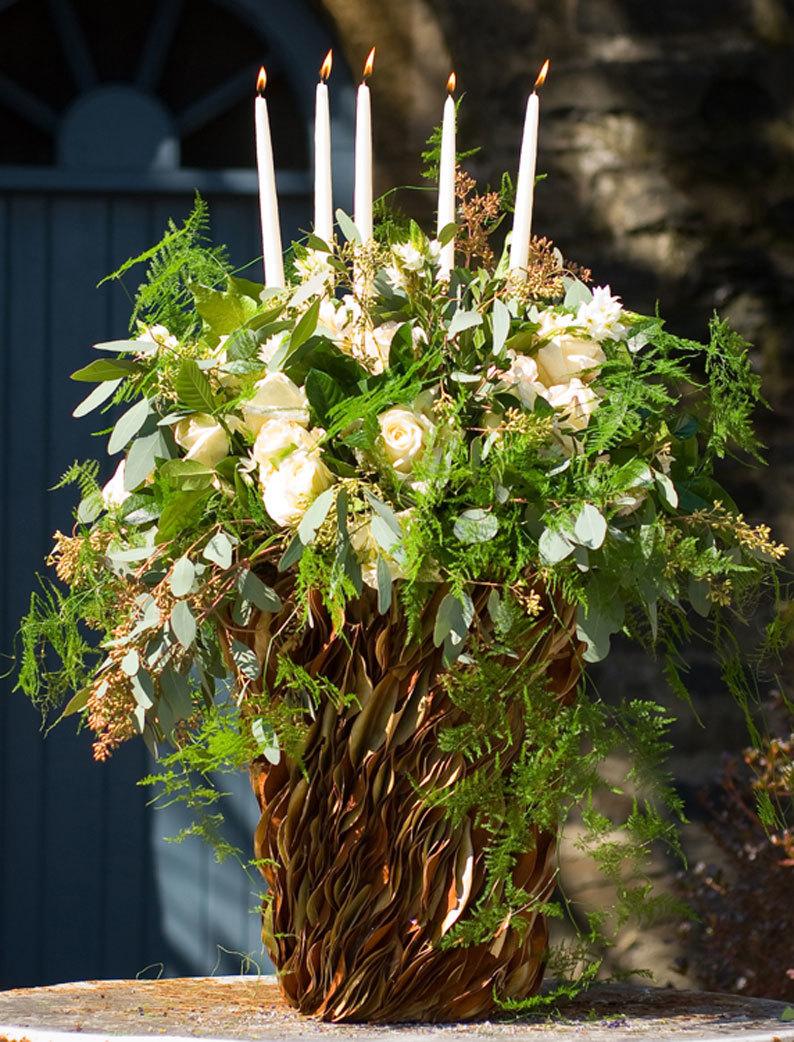 Букет и ваза должны восприниматься окружающими, как единое художественное произведение.