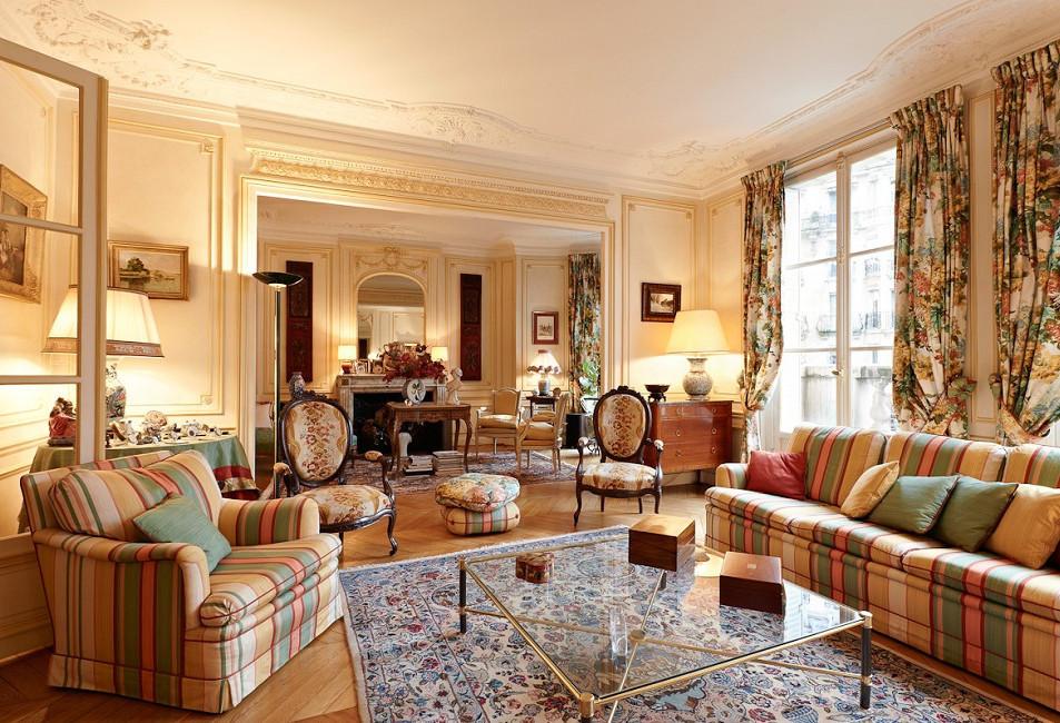 Классический стиль в интерьере выбирают спокойные солидные люди, ценящие добротность, качество и благородство мебели и материалов.