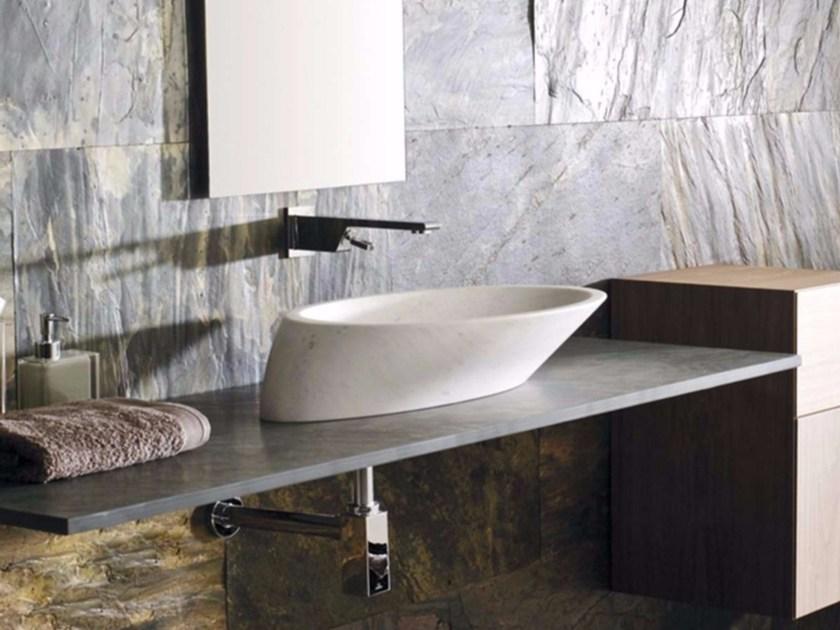 Гибкий камень в ванной