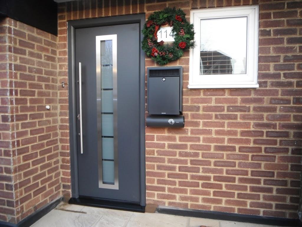 Входные двери с терморазрывом.