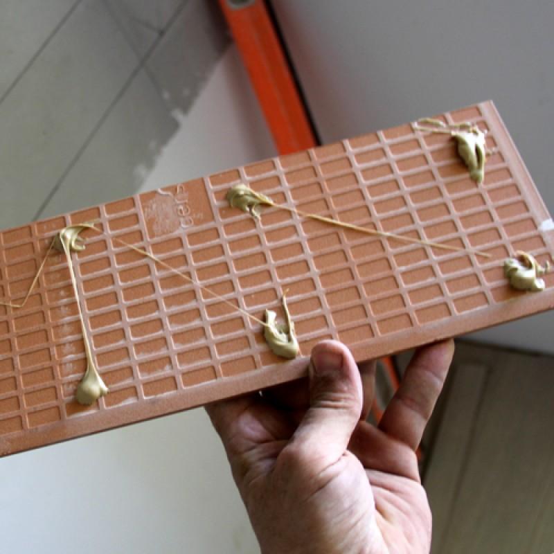 Монтажный клей T-REX ,  SOUDAL. Керамическая плитка