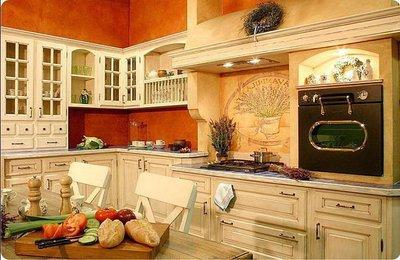 Мебель из светлых пород дерева, наиболее традиционна для Прованса.