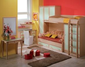 Интерьер студенческой комнаты может комбинацией, казалось бы противоположных стилей.