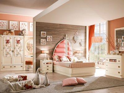 Для детской выбирают самое светлое и большое помещение, которое можно полноценно оборудовать.