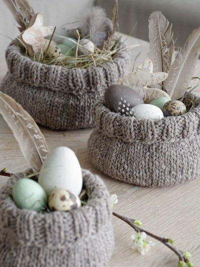 Пасхальный декор. Вязанные гнезда