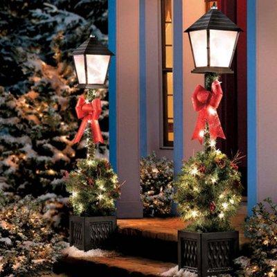 Рождественский декор для уличных фонарей