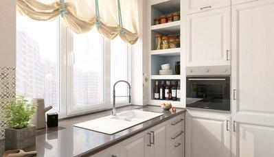 угловая кухня с мойкой у окна