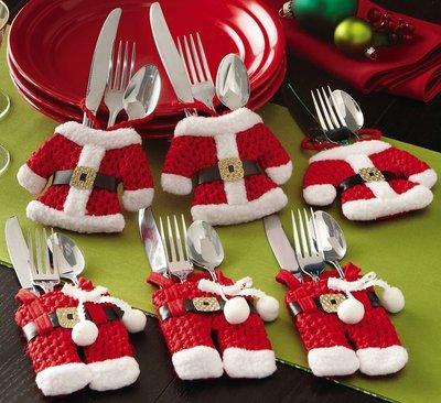 Симпатичные кармашки для столовых приборов развеселят ваших гостей