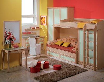 Ремонт позволяет объединить площадь балкона с детской, вы получите удобную, прекрасно зонированную комнату.