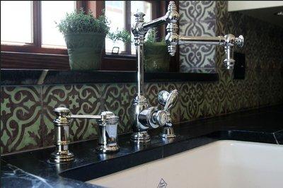 Кухня в марокканском стиле:  яркие орнаменты местных народов и европейские отделочные материалы