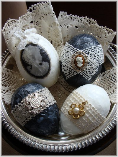 Украшение пасхальных яиц. Яркие способы декора