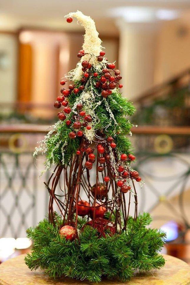 Композиции букетов к рождеству, букет живых цветов