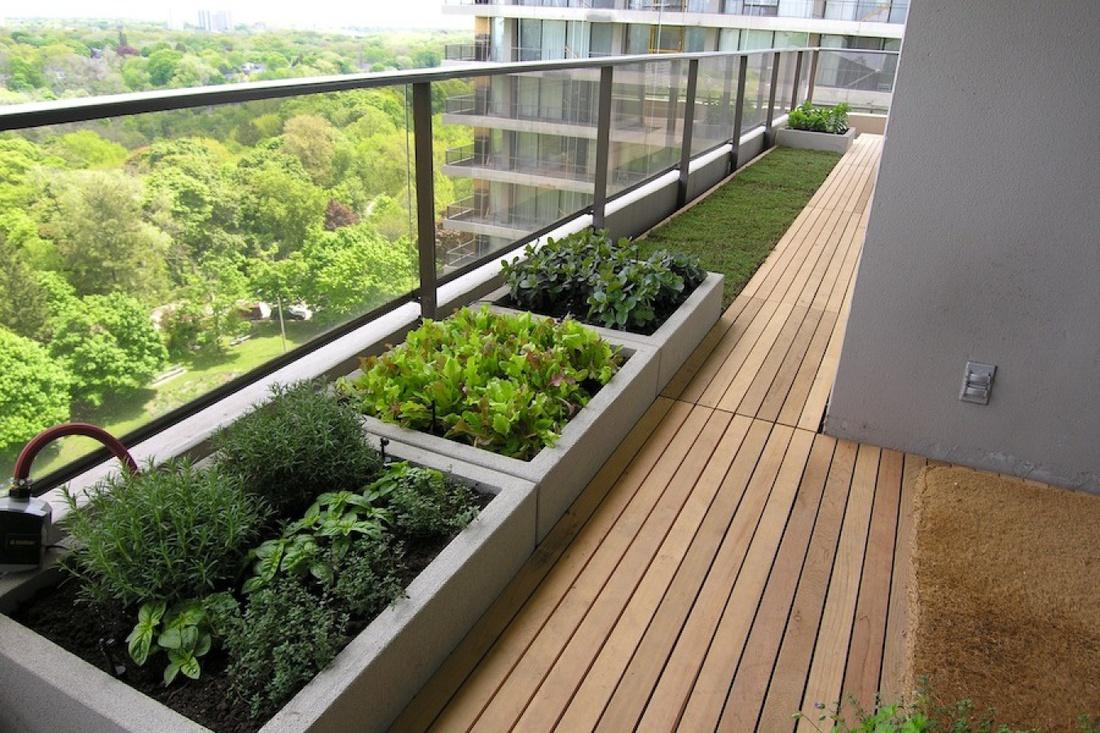 Грядки на балконе