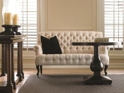 Подчеркивание структурных элементов мебели
