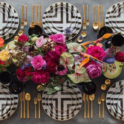 Столовая посуда Christian Lacroix Sol y Sombra + столовые приборы Rondo из матового 24k золота
